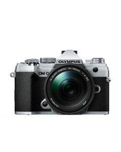 Olympus OM-D E-M5 III Zilver + 14-150mm /4-5.6 II
