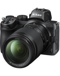Nikon Z 5 + Nikkor Z 24-200mm /4-6.3 VR